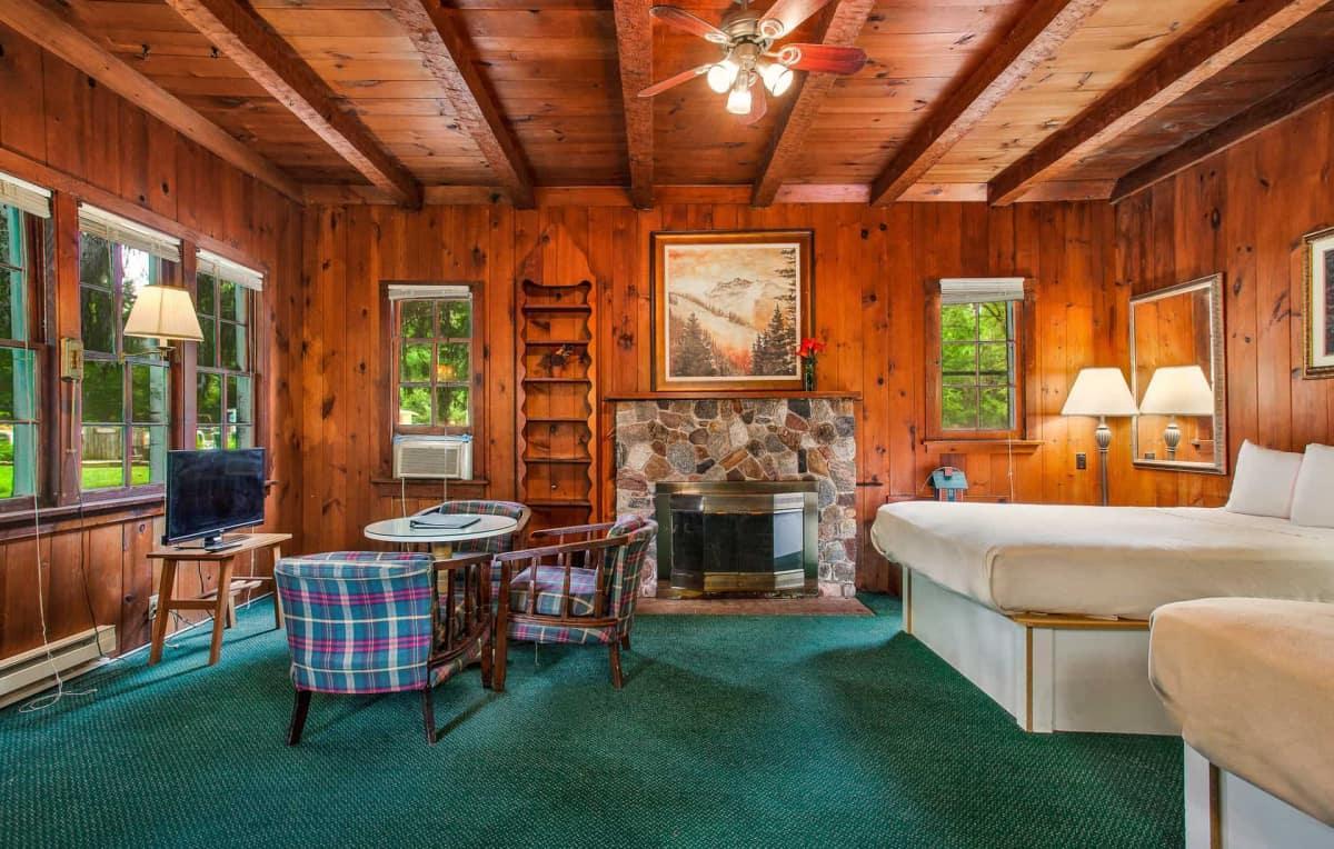 Old Time Studio Cabin #9 - interior view