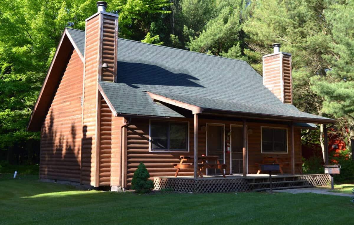 Loft Style Duplex Cabin (exterior photo)