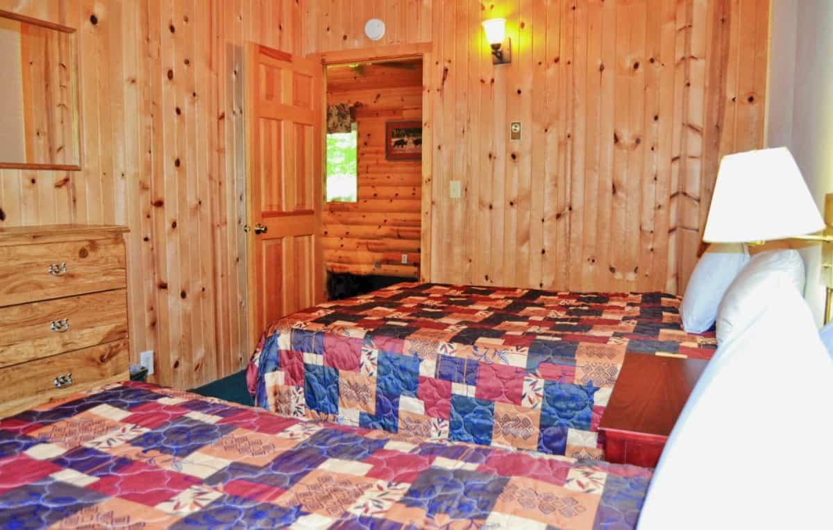 Ranch Style Duplex Cabin - Bedroom