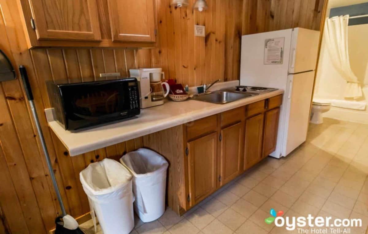 Loft Style Duplex Cabin kitchen