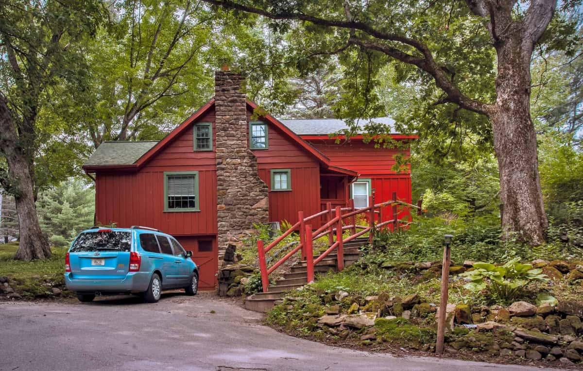 Private Cabin #31 - exterior